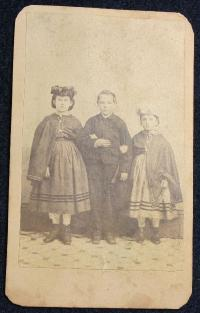CDV-Slave Children/Rebecca,Charley,Rosa/All Dressed Up